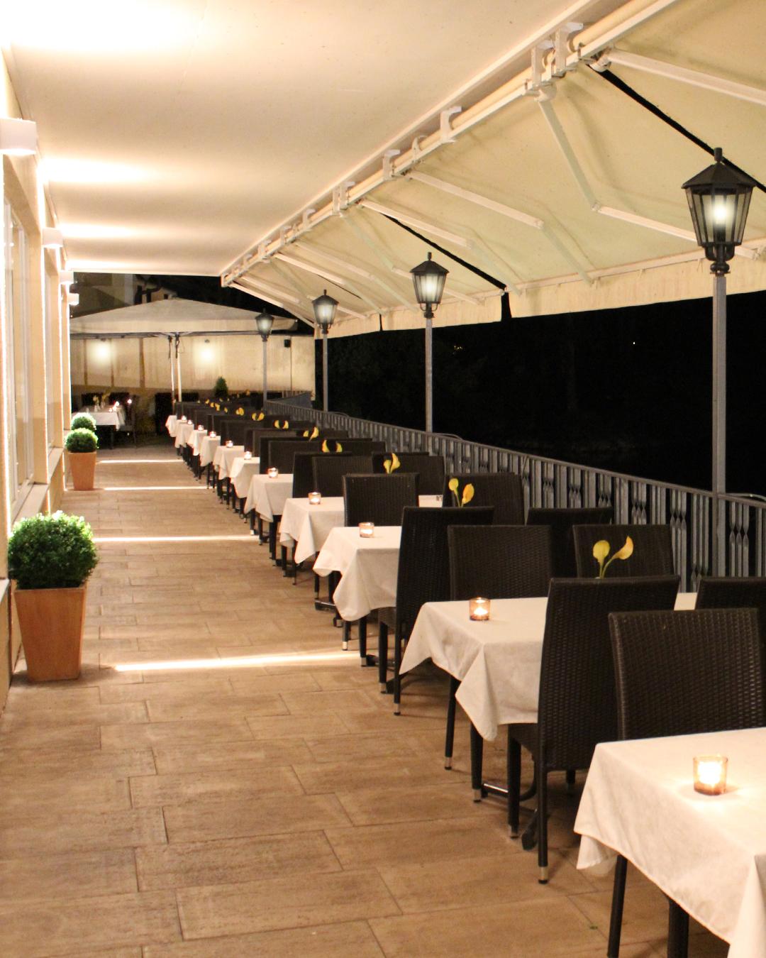 Restaurant Venezia in Fürstenfeldbruck - Terrasse Gallerie 3